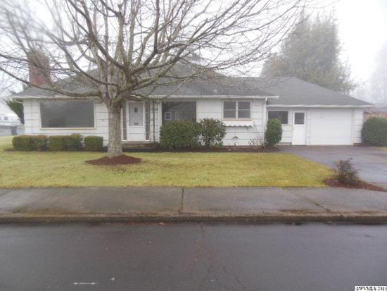 1305 25th St NE, Salem, OR 97301