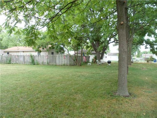 1021 E Eighth St, Greenfield, IN 46140