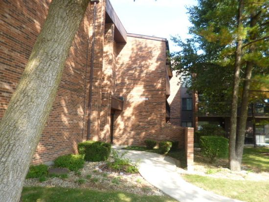 14504 Linder Ct APT M4, Oak Forest, IL 60452
