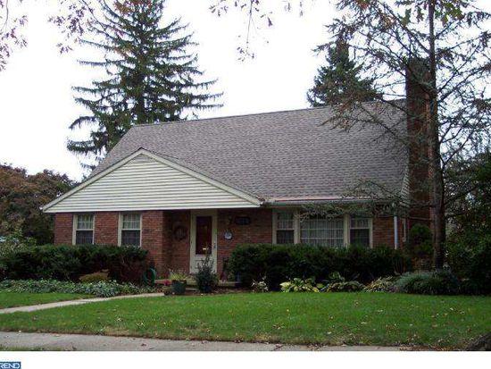 1614 Cleveland Ave, Wyomissing, PA 19610