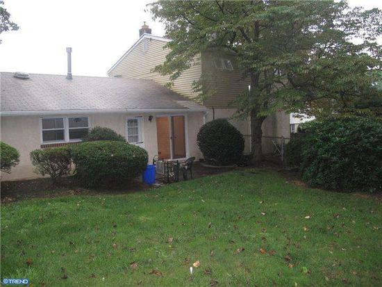 624 Brook St, Willow Grove, PA 19090