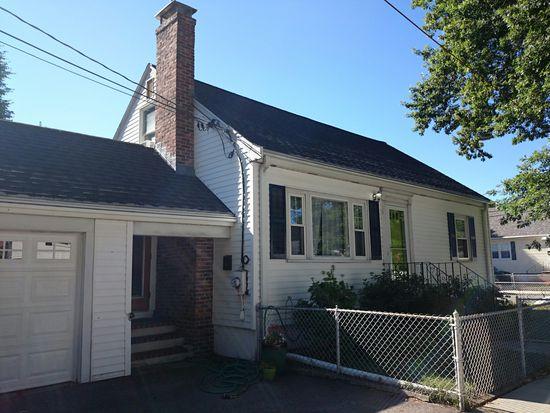 28 Varick Rd, Boston, MA 02132