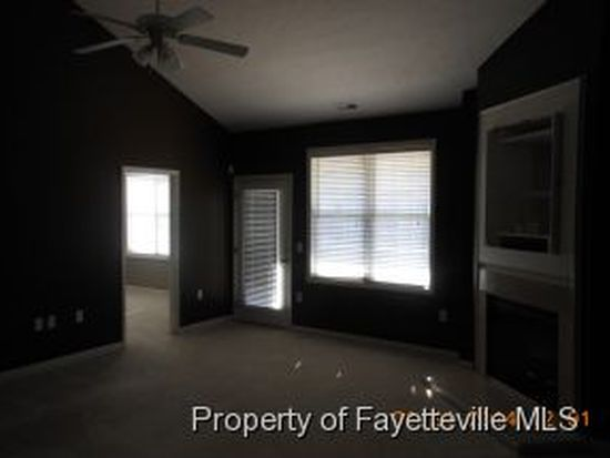 3920 Bardstown Ct APT 202, Fayetteville, NC 28304