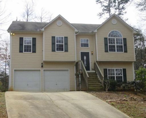 3912 Pine Shore Cir, Gainesville, GA 30501