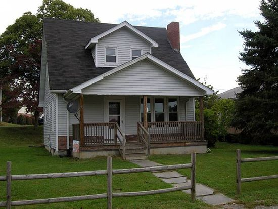 170 Faye St, Wytheville, VA 24382