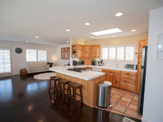 1642 Steinhart Ave, Redondo Beach, CA 90278