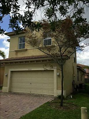 2312 NE 37th Rd, Homestead, FL 33033