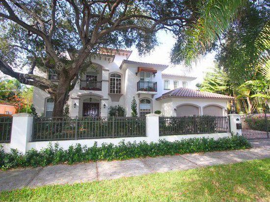 2710 Hilola St, Miami, FL 33133