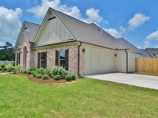 16 Cottage Grove Ct, Beaumont, TX 77713