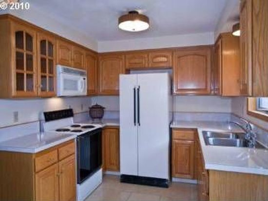 9707 SE 76th Ave, Milwaukie, OR 97222