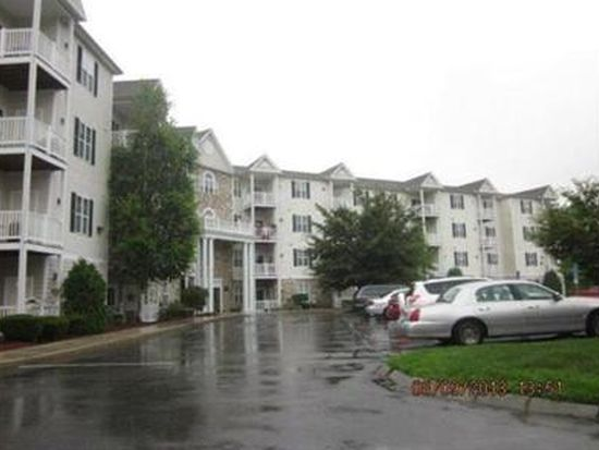 21 Hampshire Rd APT 413, Methuen, MA 01844
