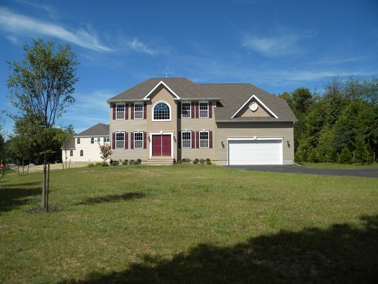 4 Cully Court, Howell, NJ 07731