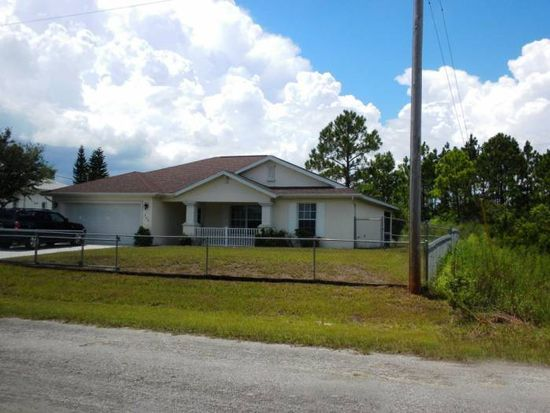 733 Long Distance Ln, Lehigh Acres, FL 33974