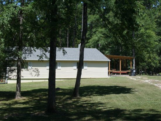 1129 Lakeside Dr, Lincolnton, GA 30817