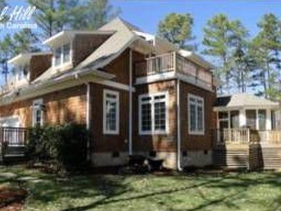 10001 Sandcreek Ct, Chapel Hill, NC 27517