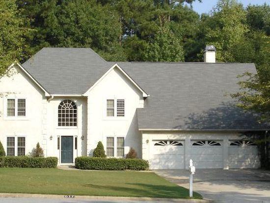 617 Magnolia Ln, Peachtree City, GA 30269