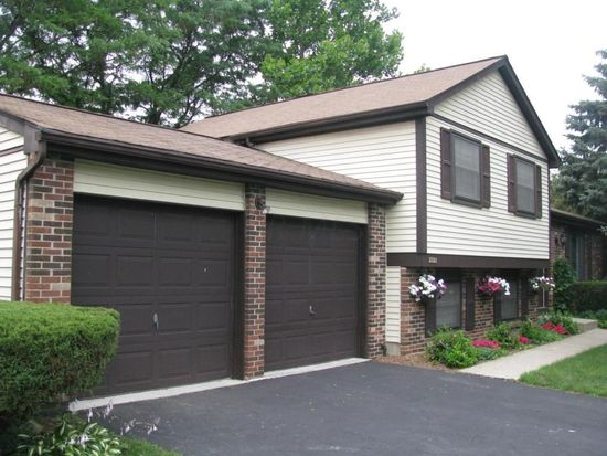 1121 Acillom Dr, Westerville, OH 43081