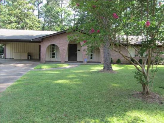 1147 Woodfield Dr, Jackson, MS 39211