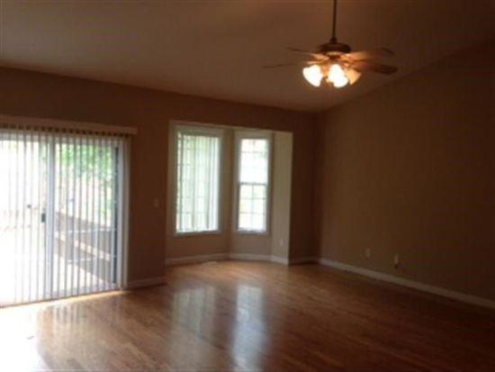 100 Hollyridge Rd, Spartanburg, SC 29301