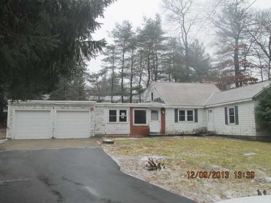 3 W Scenic View Dr, Johnston, RI 02919