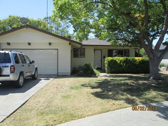 3900 Middletown Ct, Campbell, CA 95008