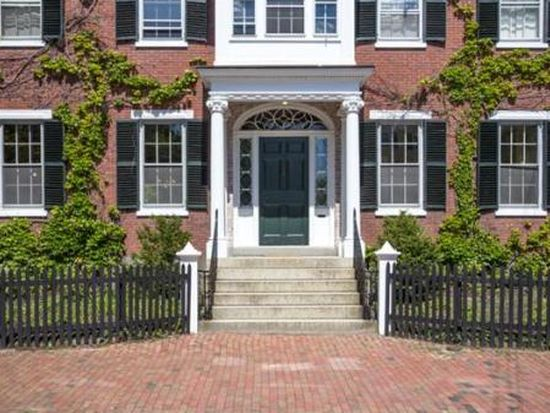 26 Chestnut St, Salem, MA 01970