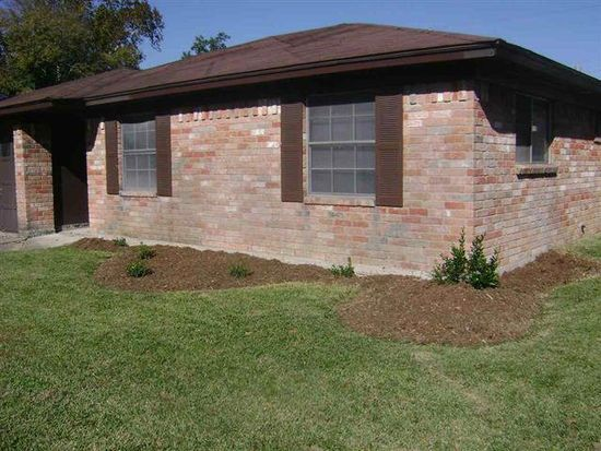 8630 Kimberly Dr, Beaumont, TX 77707