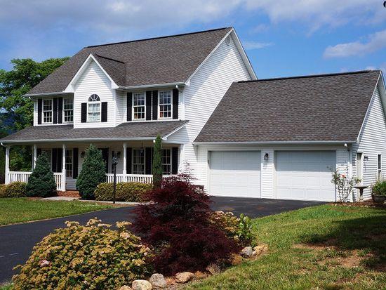 207 Brookfield Ln, Roanoke, VA 24012