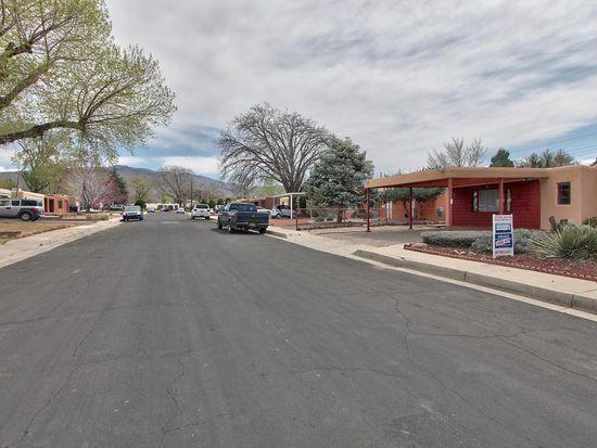 9816 Woodland Ave NE, Albuquerque, NM 87112