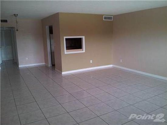 11855 NE 19th Dr APT 49, North Miami, FL 33181