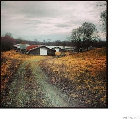92 Oak Hill Rd, Cumberland, VA 23040