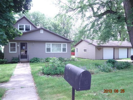 16 6th Ave SW, Kasson, MN 55944