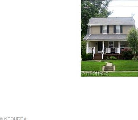 2851 Northland St, Cuyahoga Falls, OH 44221