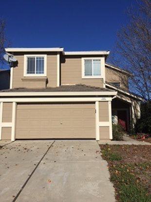 585 Edenderry Dr, Vacaville, CA 95688