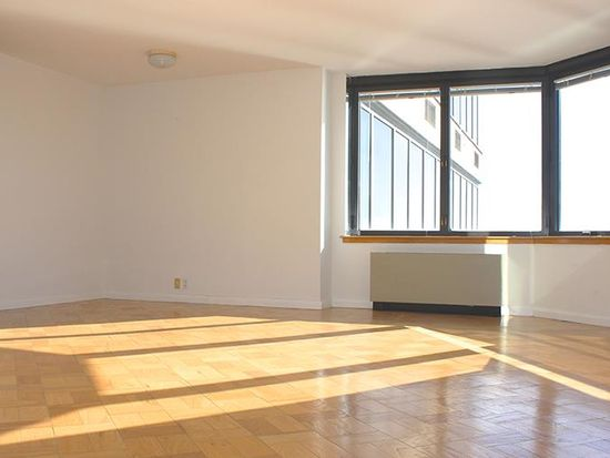 415 E 37th St APT 23D, New York, NY 10016