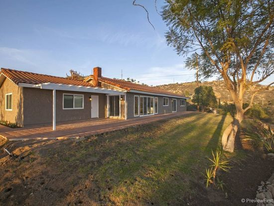 12136 Lilac Knolls Rd, Valley Center, CA 92082