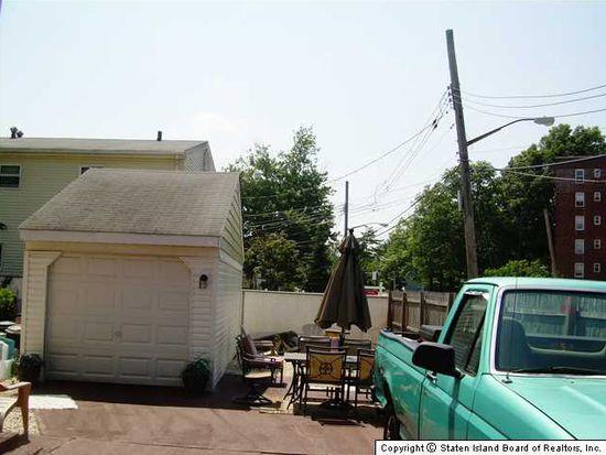 39 Franklin Pl, Staten Island, NY 10314