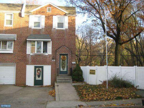 9240 Angus Pl, Philadelphia, PA 19114