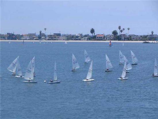 3868 Riviera Dr UNIT 3A, San Diego, CA 92109