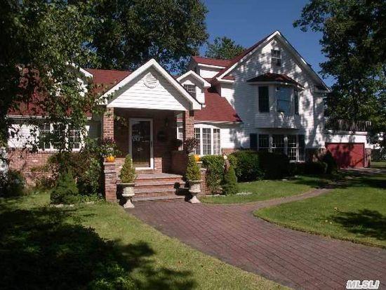 46 Whitman Ave, North Babylon, NY 11703