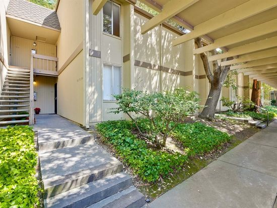 505 Cypress Point Dr UNIT 103, Mountain View, CA 94043