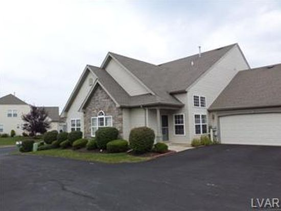 2875 Donegal Dr, Macungie, PA 18062