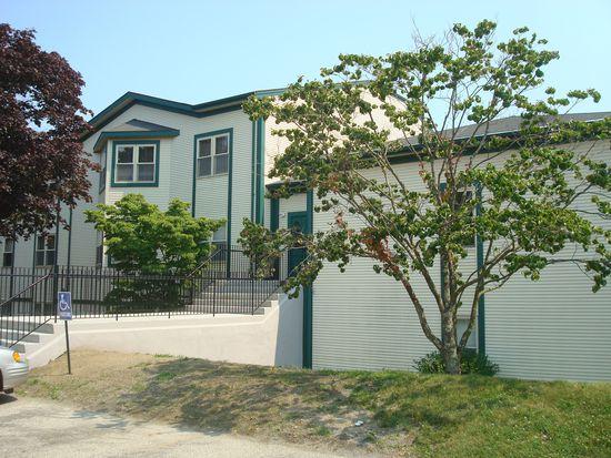 3524 W Shore Rd APT 809, Warwick, RI 02886