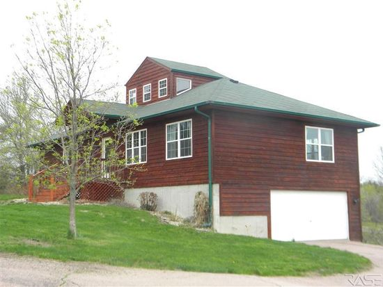 48020 Oak Trail Pl, Sioux Falls, SD 57108