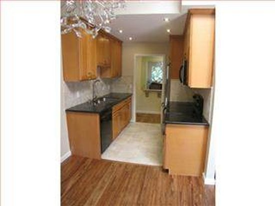 255 S Rengstorff Ave APT 138, Mountain View, CA 94040