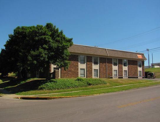 2200 Dinsmore Dr APT 111, Lexington, KY 40502