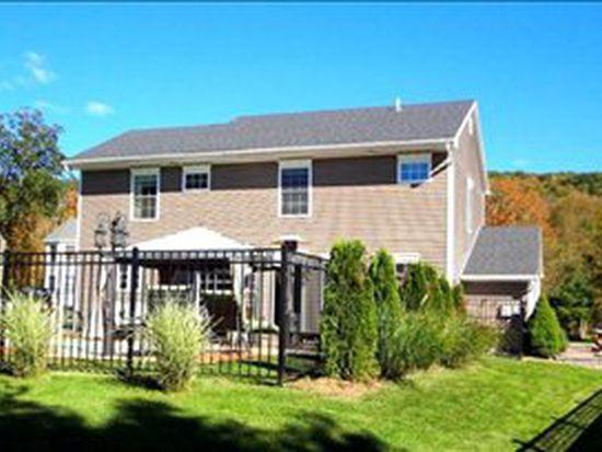 31 Schoolhouse Ln, Oneonta, NY 13820