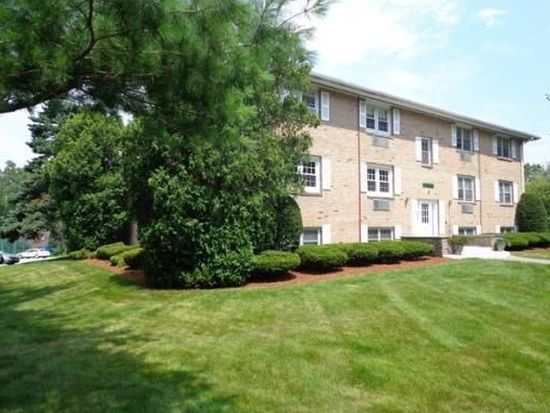 230 Chickering Rd APT 5, North Andover, MA 01845