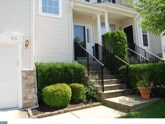 305 Huntington Dr, Delran, NJ 08075