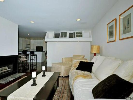 11645 Montana Ave APT 123, Los Angeles, CA 90049